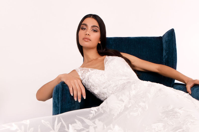 Anomalie  Custom Online Wedding Dresses